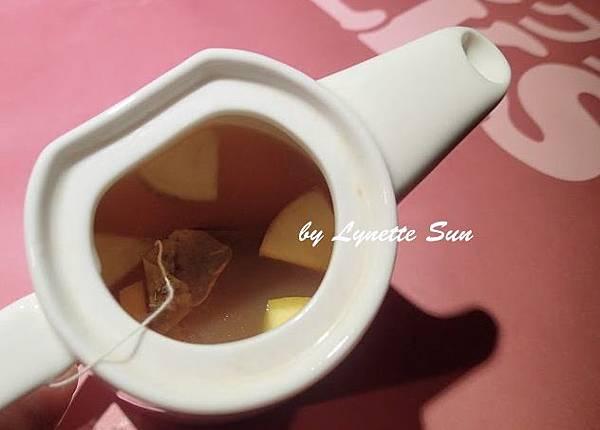 20. Hot Apple Grapefruit Tea [熱蘋果甜柚茶]