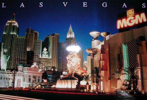 05. Lion statue @ Las Vegas (2)