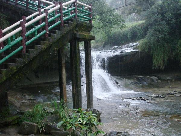 四廣潭瀑布