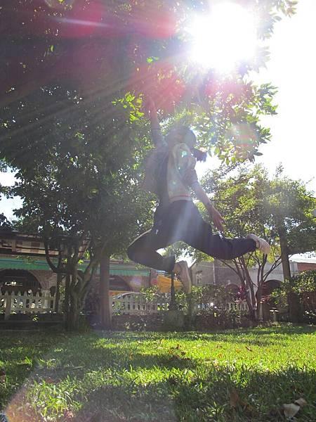跳躍系列-陽光跳