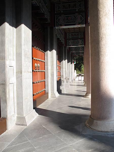 台中孔廟殿外