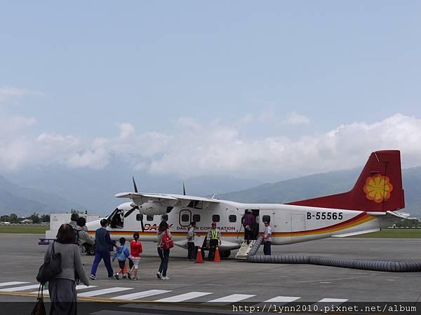 P1120678台東機場 小飛機