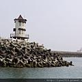 梧棲觀光漁港  又見 日本時代就有的塔