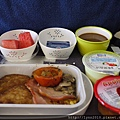 國泰航空的飛機餐~嗯~普普~