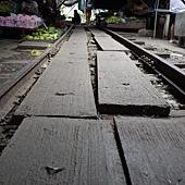 3.MaeKlong Train Market美功鐵路市場 (2)