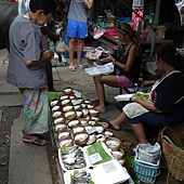 3.MaeKlong Train Market美功鐵路市場 (4)