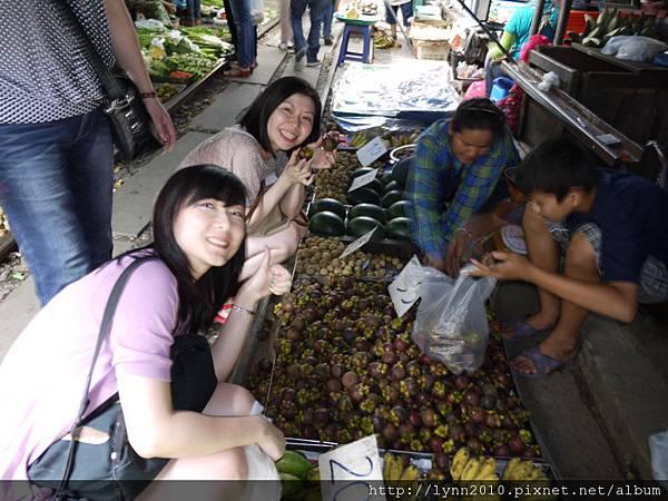 3.MaeKlong Train Market美功鐵路市場 (59)