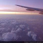 4.國泰航空 曼谷到香港轉機回台灣 (5)