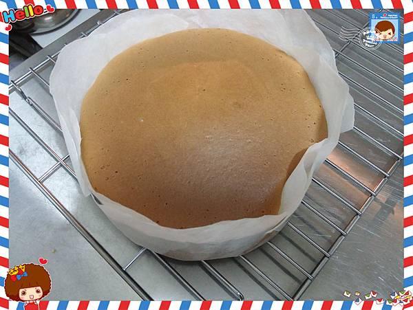 1040308半熟蛋糕出爐時