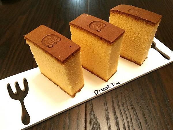 1040614蜂蜜蛋糕切片(分蛋法).jpg