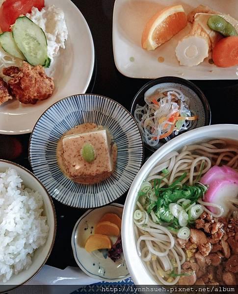 地鶏そば定食1,350円-阿蘇駅旁「御食事处坊中亭」