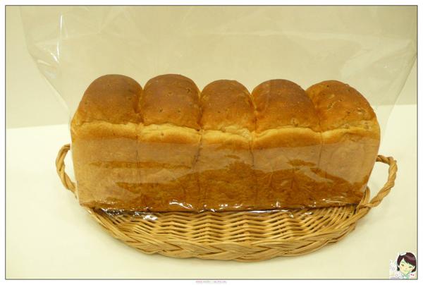 98.04.12養生糙米土司(習作1)
