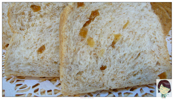 98.05.10黃金全麥蜂蜜土司(剖面)
