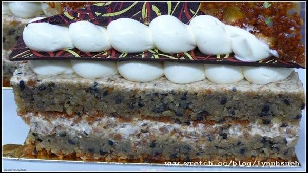 皇后-巴斯克黑芝麻蛋糕