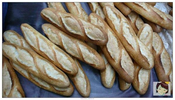 97.11.15皇后--野上法國麵包2