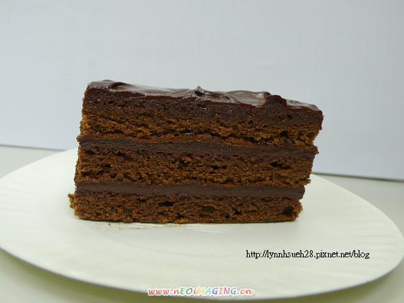 98.11.07經典覆盆子巧克力蛋糕切面.jpg