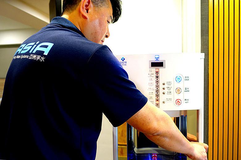 亞洲淨水 · 豪星HM-900數位式三溫飲水機