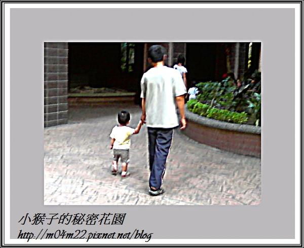 1Y4M小猴子(1).jpg
