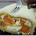 芒果布丁乳酪捲2.JPG