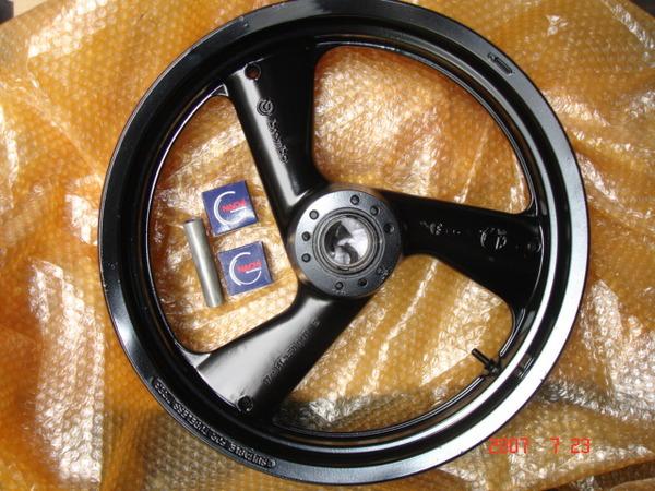 brembo  3.5x17  重車框