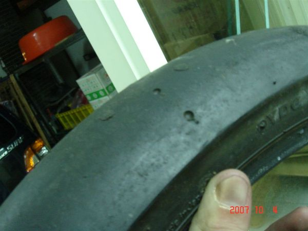 普利司通  競技用光頭胎