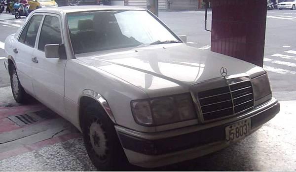1992年1月18日出廠的300E.jpg