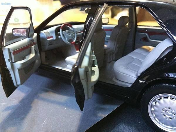 我的另一輛W140 S600 1.jpg