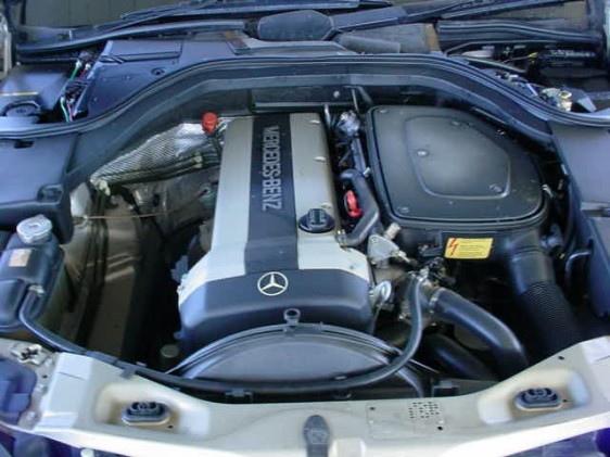 93年以前的第一批W140 S320引擎室