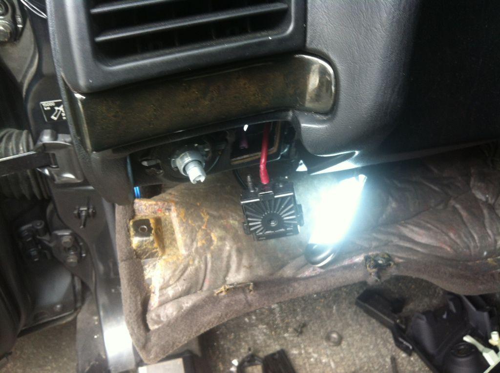 更換大燈位置的氣管
