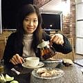 吃飽..喝個阿薩母紅茶(產地)