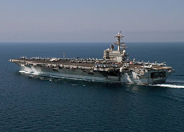 USS-George-H_-W_-Bush-Undergoes-PIA-at-NNSY