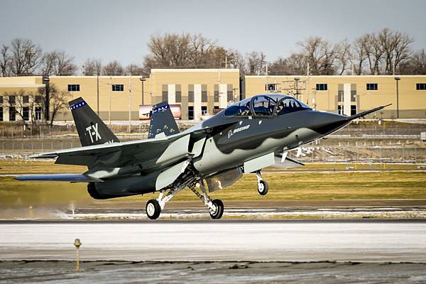 gallery-1482356558-boeing-t-x-returns-public