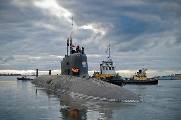 russia-floats-out-second-yasen-class-submarine