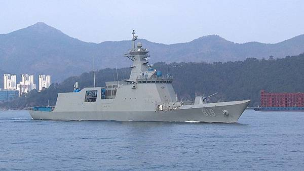 republic-of-korea-navy-receives-first-ffx-ii-frigate-roks-daegu