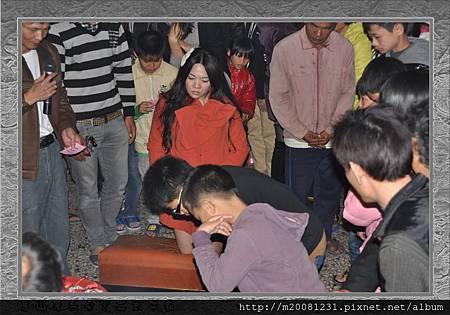2014甲午年雲林永安宮二太子廟新春開廟門、擲福袋(獎金加碼) 19.jpg
