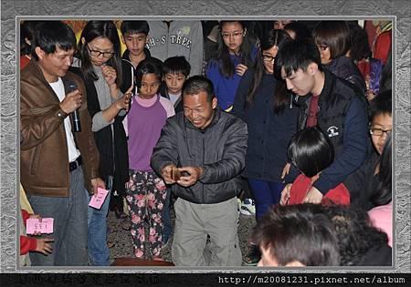 2014甲午年雲林永安宮二太子廟新春開廟門、擲福袋(獎金加碼) 28.jpg