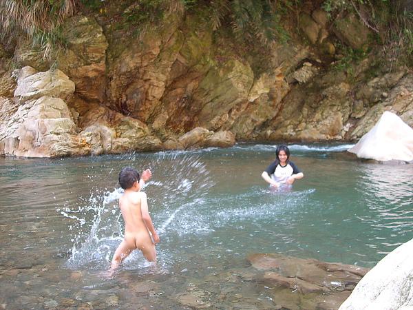 介紹-野溪玩水行程