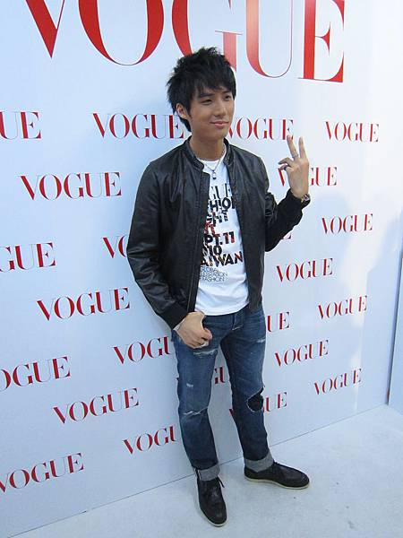 VOUGE FNO 01