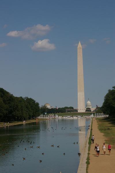 從林肯處看華盛頓...