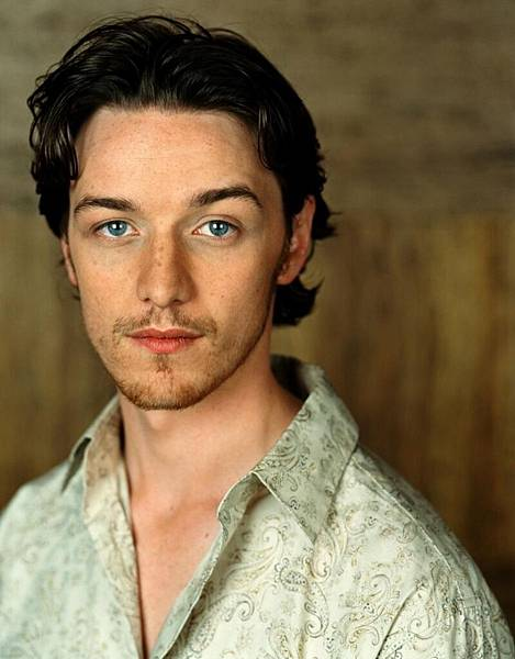 full-james-mcavoy-atonement-687920881.jpg