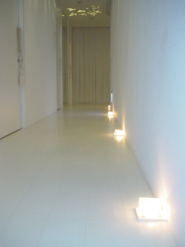 corridor2小.jpg