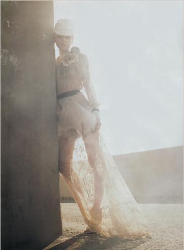 Harper's Bazaar Feb07 5.jpg