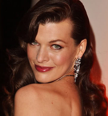 milla-jovovich-mermaid-wave.jpg