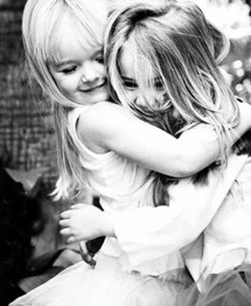 best,friends,hug,little,love,xoxox-e9e2768d5a297602ac41e25ab0d3b17c_h.jpg