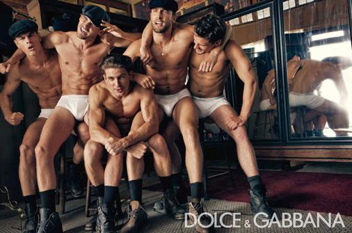Dolce Gabbana Menswear FW 2010 11 03.jpg