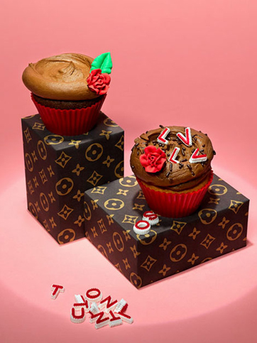 louis-vuitton-lv-cupcakes.jpg