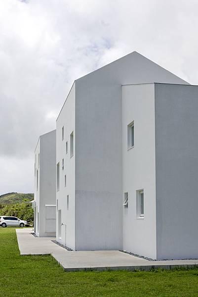 方形窗與方型建築體