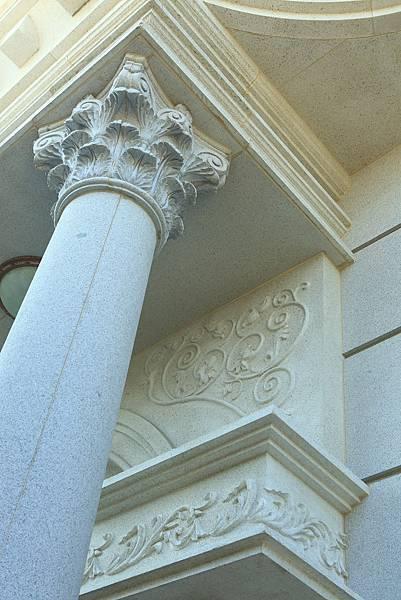科林斯柱式繁複亮麗