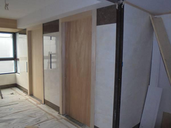 10-29 磚.2F電梯門框.裝璜釘裝..JPG