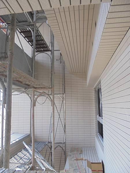 12-05 7F.6F外牆二丁掛黏貼